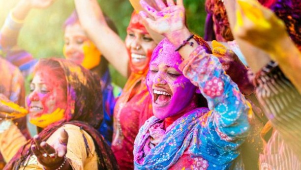 Photo of Happy Holi 2019 Celebration in India: SMS, Quotes, Greetings, Wallpaper